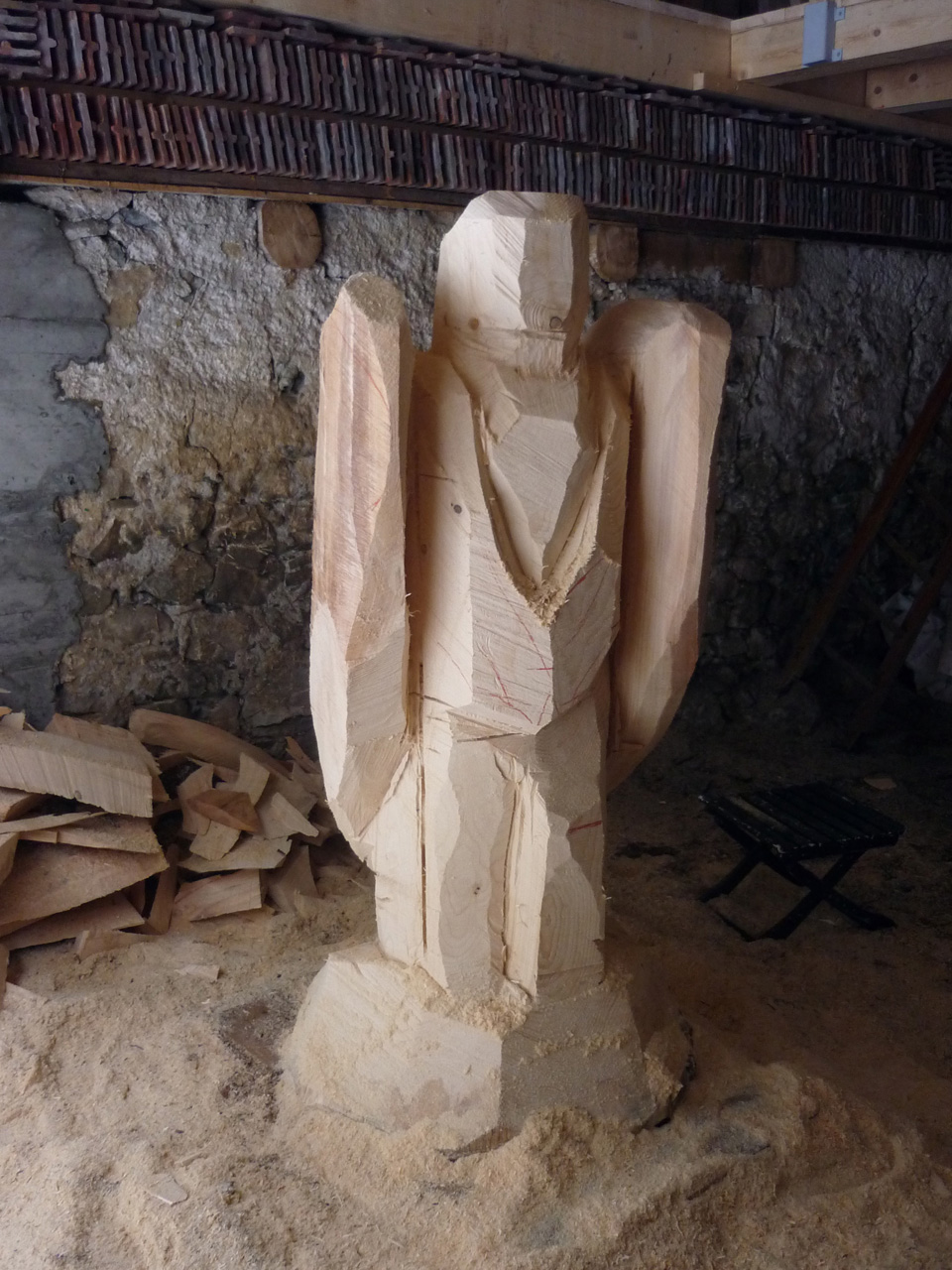 Engel woodcarve